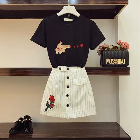 2018 New Fashion Summer Women's Short Sleeve Finger Embroidered T-shirt + High Waist Stripe Skirt Two-piece Simple Skirt Suit