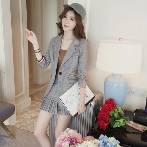 Fashion England Style Women 2 Pieces Set Turn-down Collar Striped Print Coat+ Pleated Mini Skirt Casual Elegant Female Coat Suit