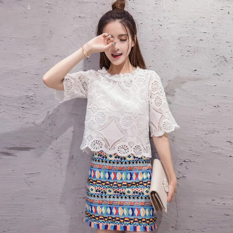 New Fashion Summer Women 2 Pieces Set Flowers Crochet Cropped Lace Blouse Tops and Mini Skirt Casual Female Streetwear Suit