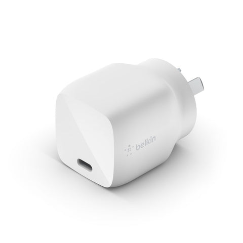 Belkin 30W USB-C Charger  - Universally compatible - Black