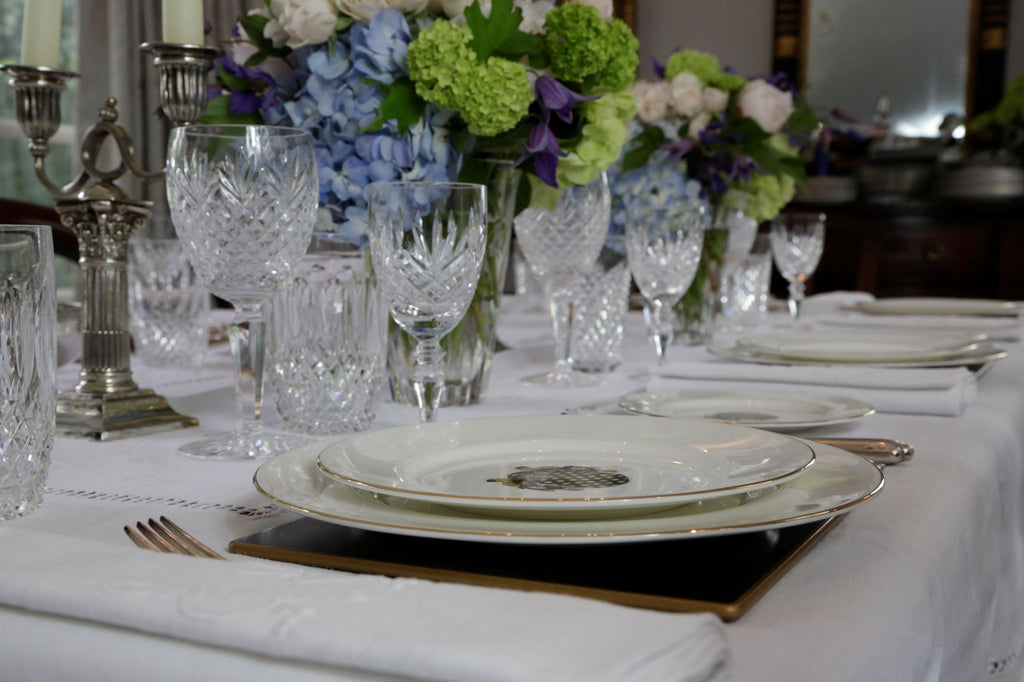 Exquisite Flowers and Beautiful Bone China Set the Scene