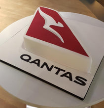 Load image into Gallery viewer, QANTAS Logo Cake