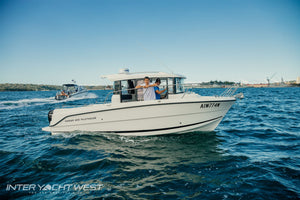 Parker 800 Pilothouse | Inter Yacht West