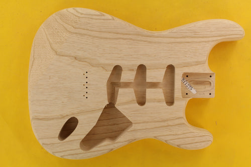 SC BODY 1pc Swamp Ash 1.7 Kg - 511339