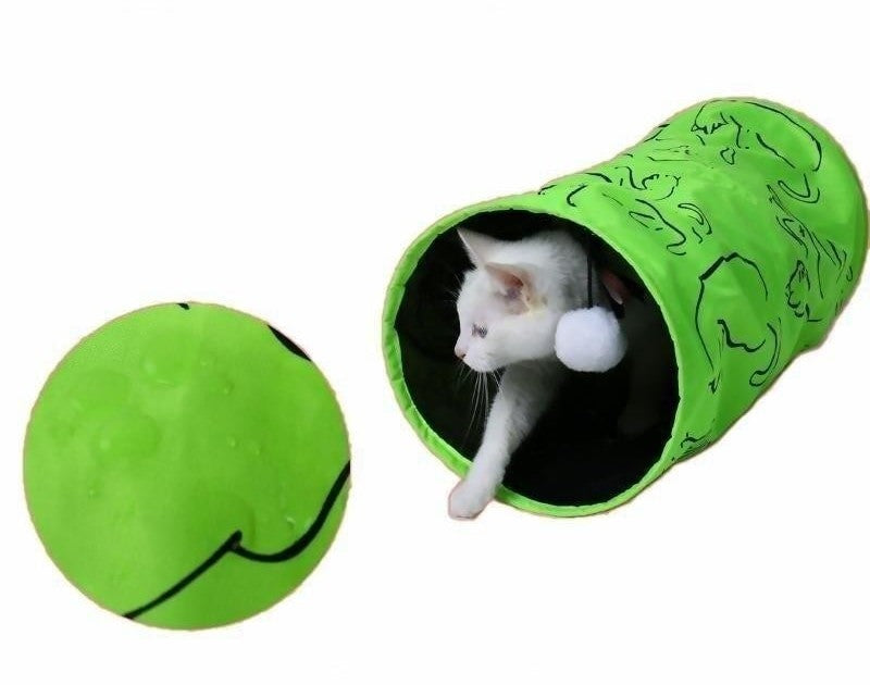 Scratch and Water-Resistant Cat Tunnel