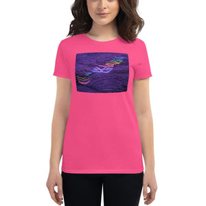 RIDE THE RAINBOW LIGHTNING Women's short sleeve t-shirt