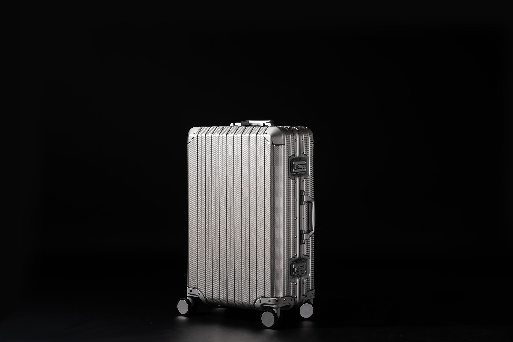 How to Pick the Best Luggage 2019: The Complete Guide