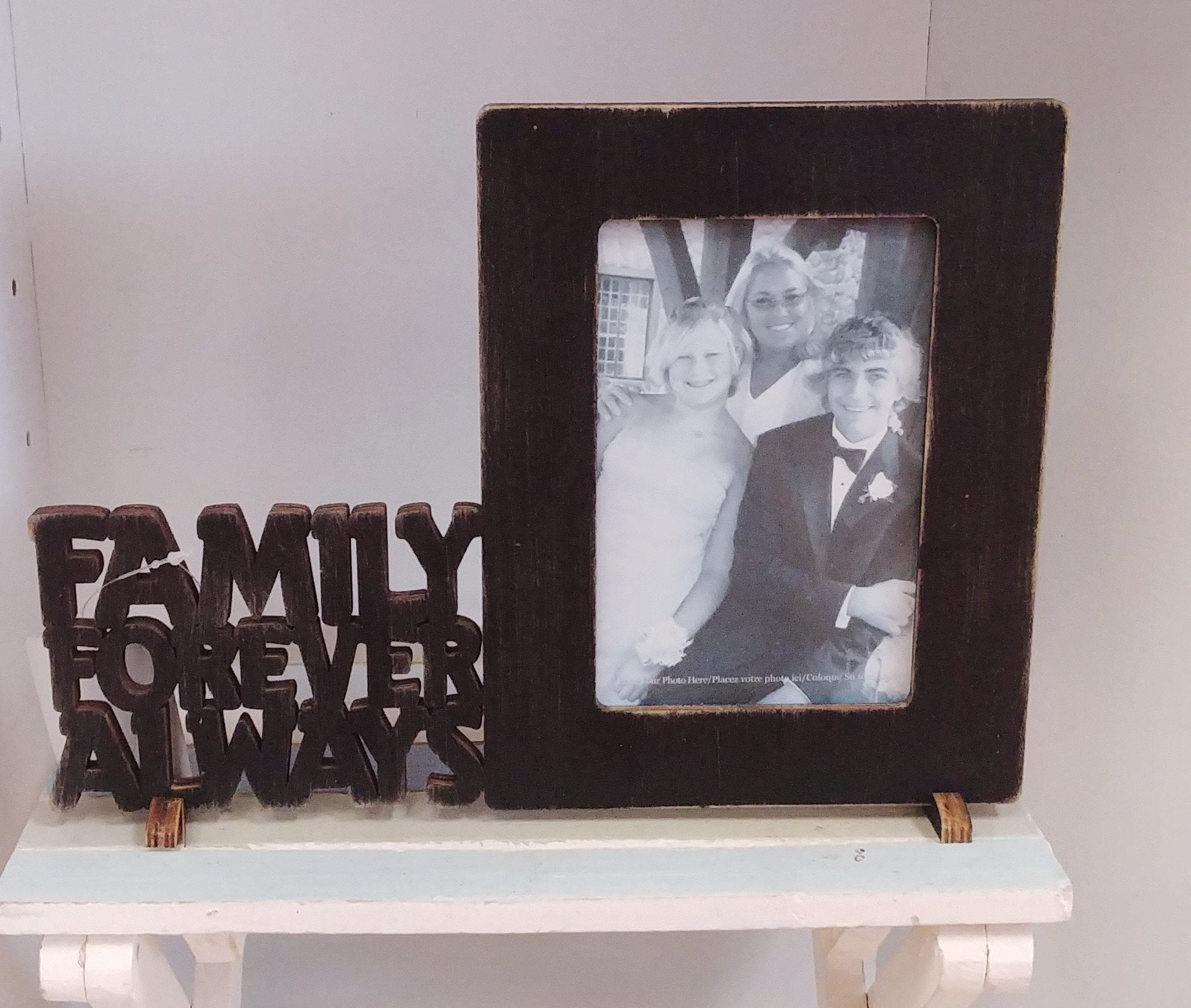 """Family Forever Always"" Picture Frame"