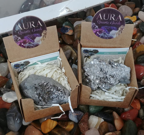 Aura Geode In Box, Silver