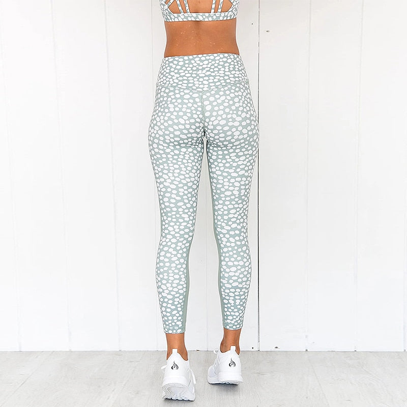 Load image into Gallery viewer, Marble Spot Sports Bra + Push Up Leggings - Green