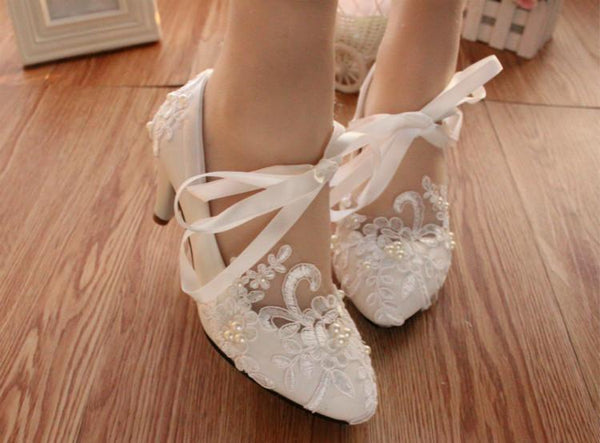 Lace Pearls Pointed Toes Women Wedding Shoes With Ribbons Lace Up, S018