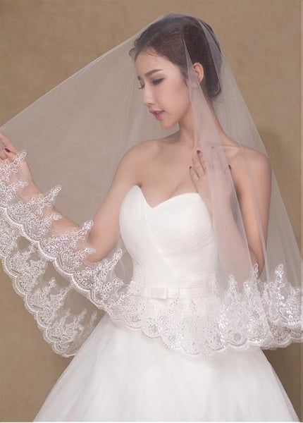 Chic Tulle Short Wedding Veil With Sequins Lace ,WV0122