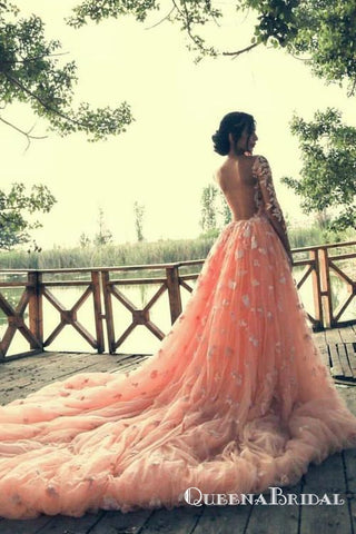 products/beaded-lace-colored-wedding-dresses-with-long-tulle-overskirt_500x_e0f9ad7a-d89d-4f2f-b760-a022d6cbe0f4.jpg