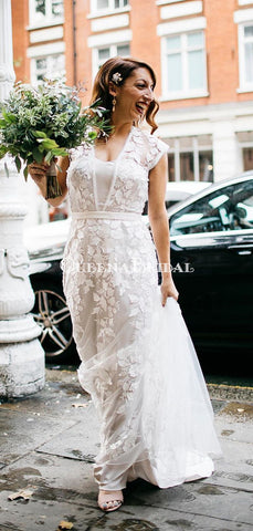 products/laceweddingdresses_222a0c88-30ce-44b4-9422-376e48d9dcd6.jpg