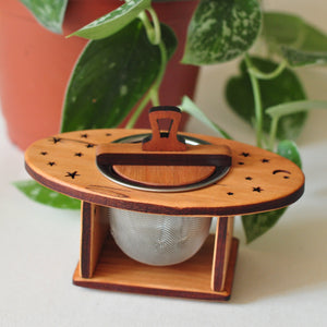 Moon Spoon tea strainer nest