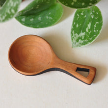 Load image into Gallery viewer, Moon Spoon tea/coffee scoop