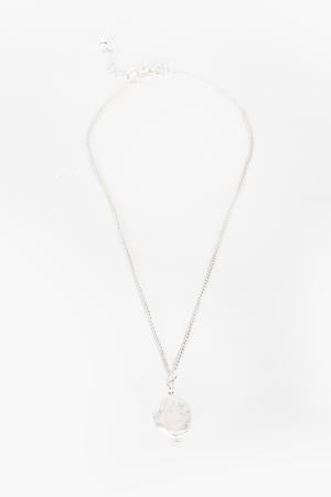 Simple Pearl Drop Layering Necklace