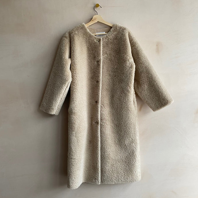 Long button Faux fur coat -Beige-