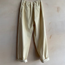 Corduroy straight Trousers -Ivory-