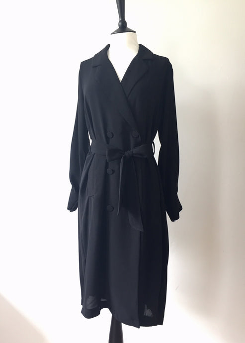 Day and night all back pleated coat-Black, Coat, WondrousTheatre, WondrousTheatre,