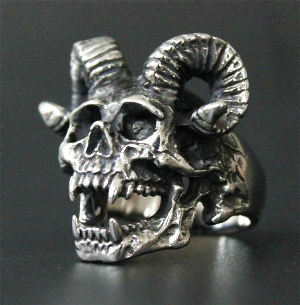 Vampire Ram Stainless Steel Skull Ring