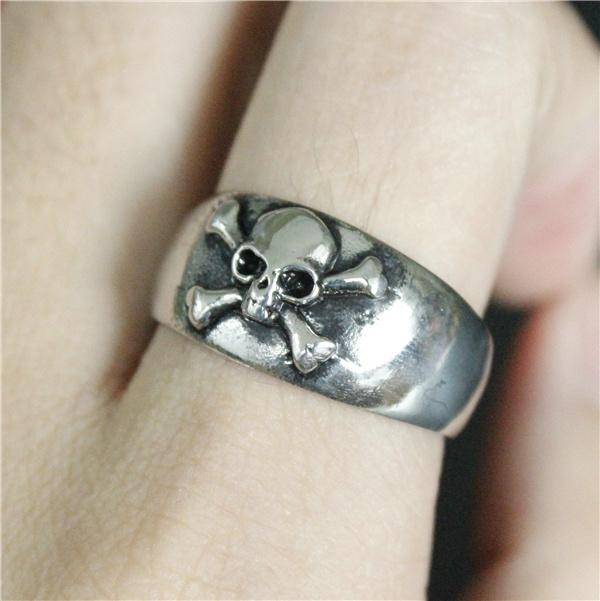Skull and Crossbones Stainless Steel Ring