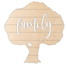 Load image into Gallery viewer, Pallet Tree with Family Overlay - Kit