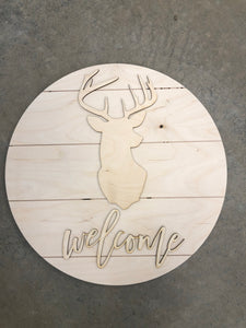 Welcome Deer on Pallet Round