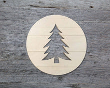 "Load image into Gallery viewer, Tree Medallion (18"" Pallet Circle with Tree Cutout)"