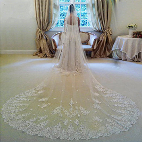 Wide Lace Edge Single Tier Gathered Cathedral Veil