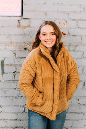 Load image into Gallery viewer, Camel puffer jacket