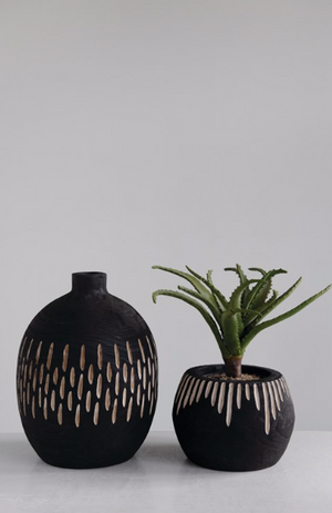 Load image into Gallery viewer, black wooden pot
