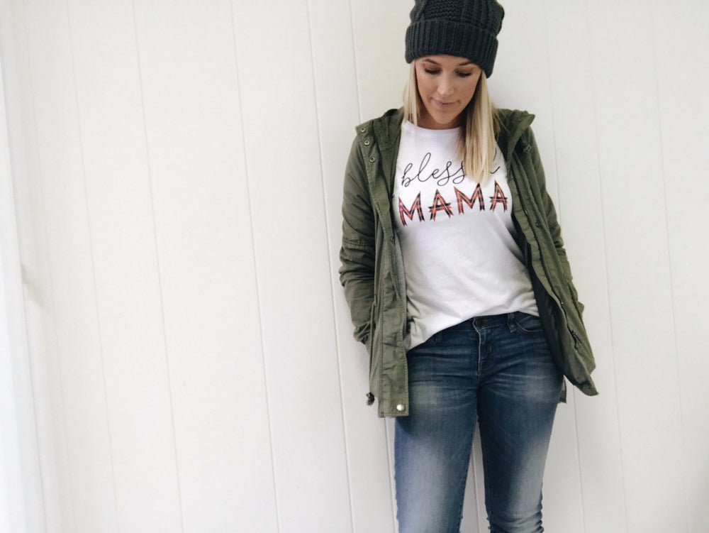 Load image into Gallery viewer, mama tee/blessed mama t-shirt/ mom gift/ mom t-shirt/mama tee/mom gift/ mom t-shirt//mom attire//mothers day gift/mom apparel/mom clothing