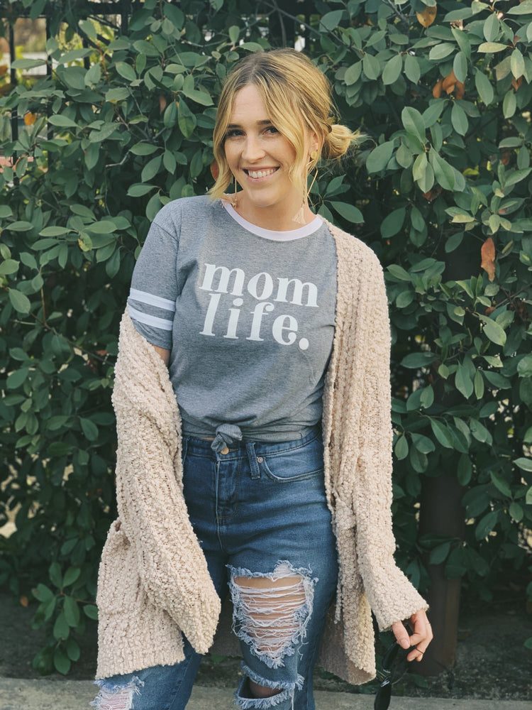 Load image into Gallery viewer, mom life tee