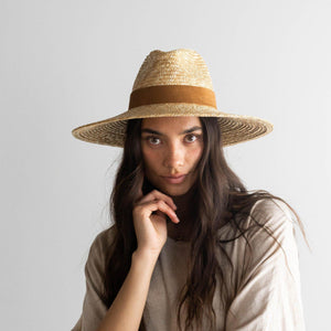 Load image into Gallery viewer, Gigi pip Isla straw hat