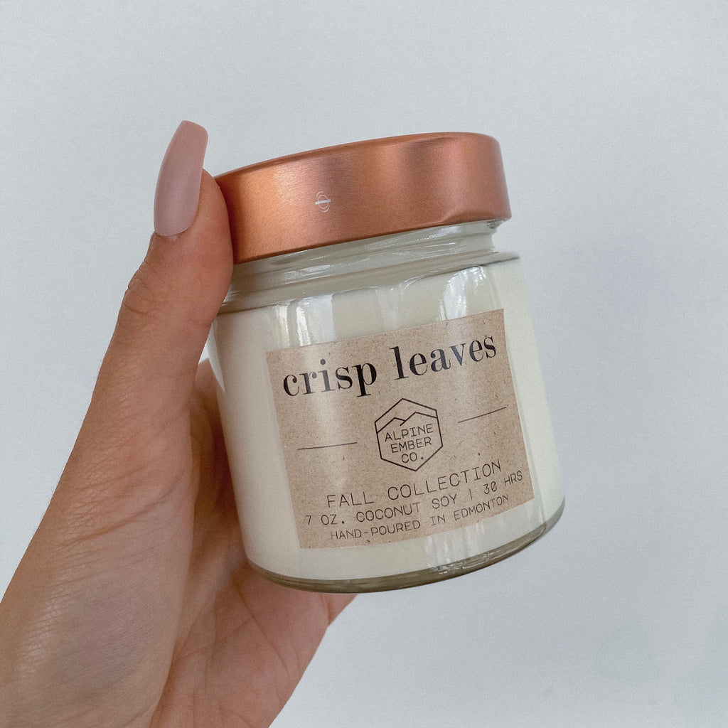 CRISP LEAVES COCONUT SOY CANDLE
