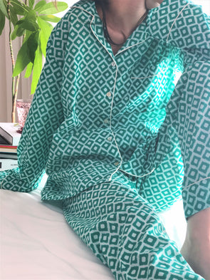 Cheerful Pajamas WOMEN -Green-