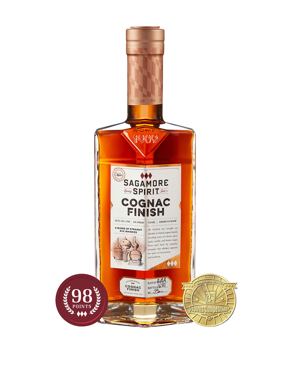 Load image into Gallery viewer, Sagamore Spirit Cognac Finish Rye Whiskey bottle and awards