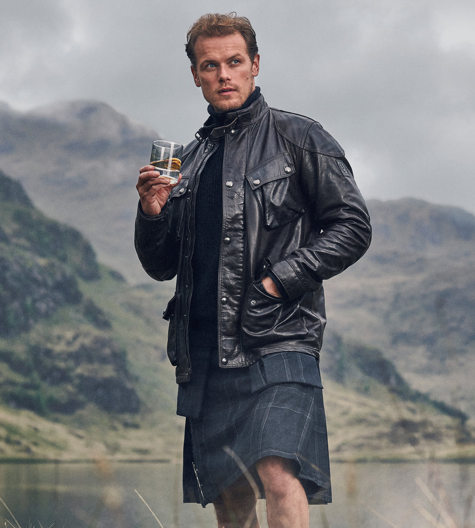 Load image into Gallery viewer, Limited Edition - The Sassenach Blended Scotch Whisky
