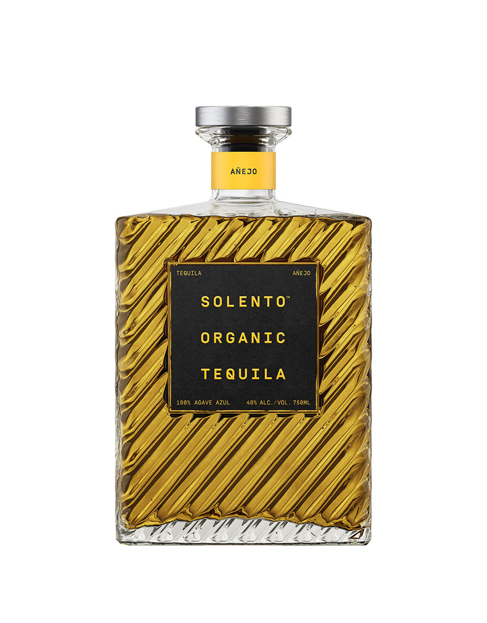 Load image into Gallery viewer, Solento Organic Tequila Añejo bottle