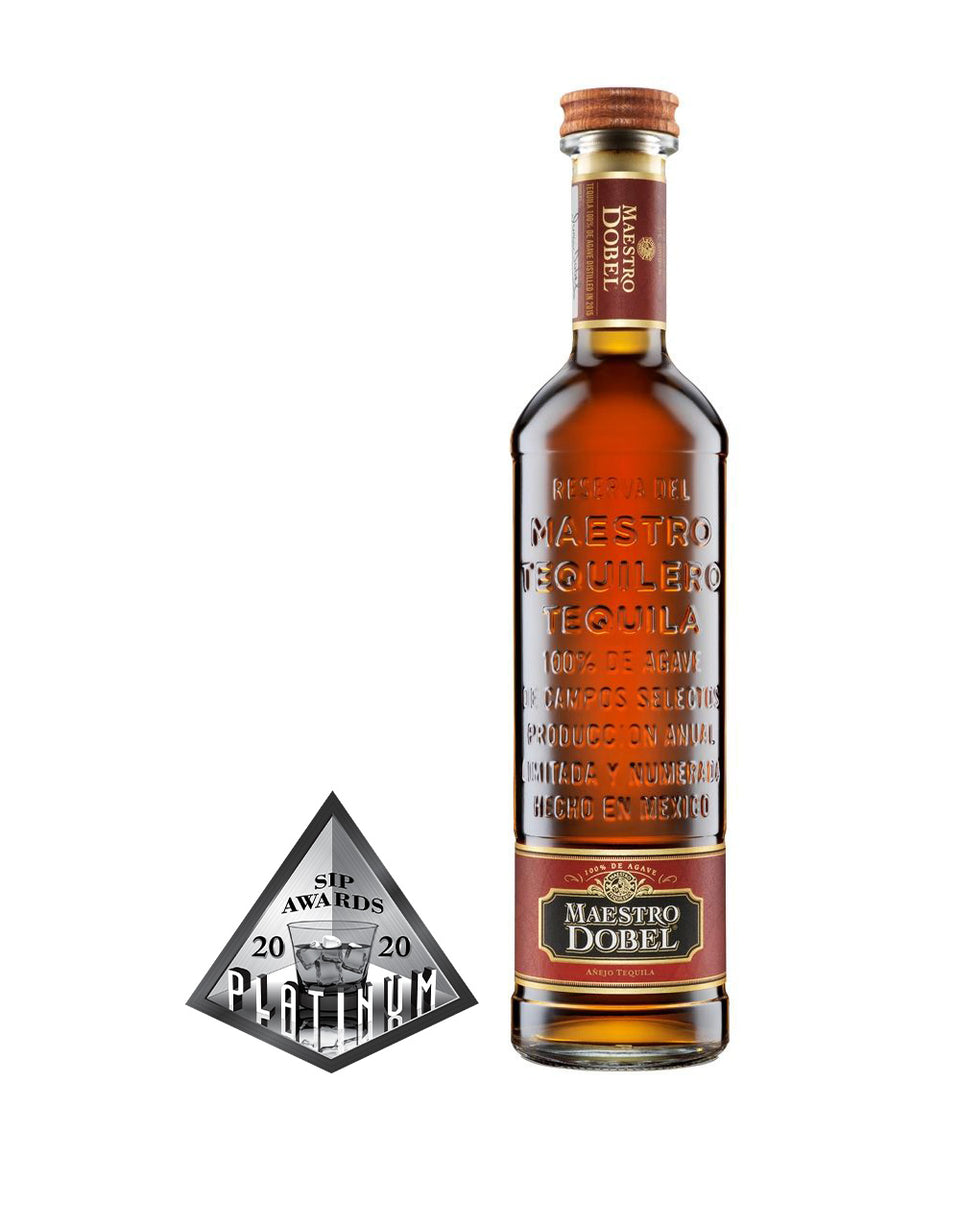 Load image into Gallery viewer, Maestro Dobel® Añejo Tequila bottle and award
