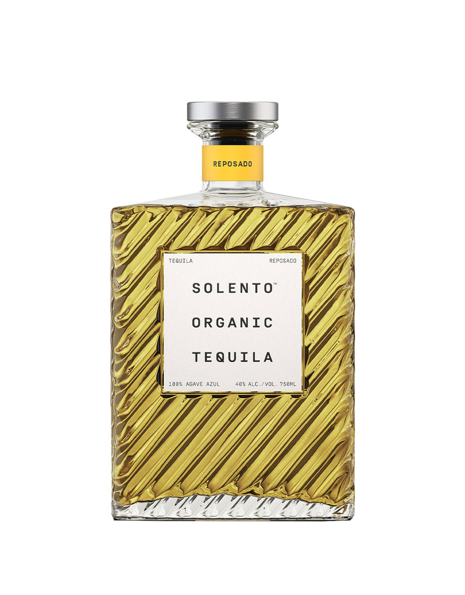 Load image into Gallery viewer, Solento Organic Tequila Reposado bottle
