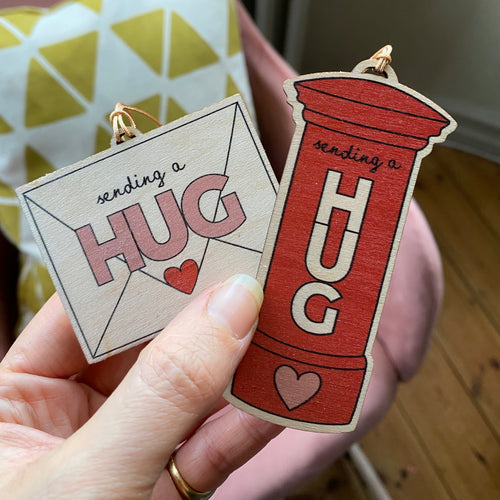 Send a Hug decorations - Double pack