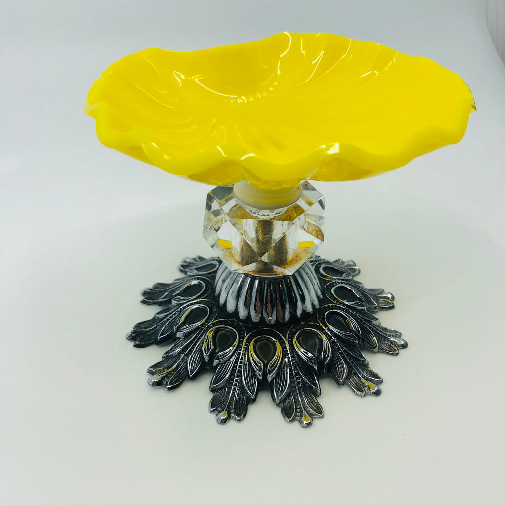 Yellow Shell Vintage Soap Dish