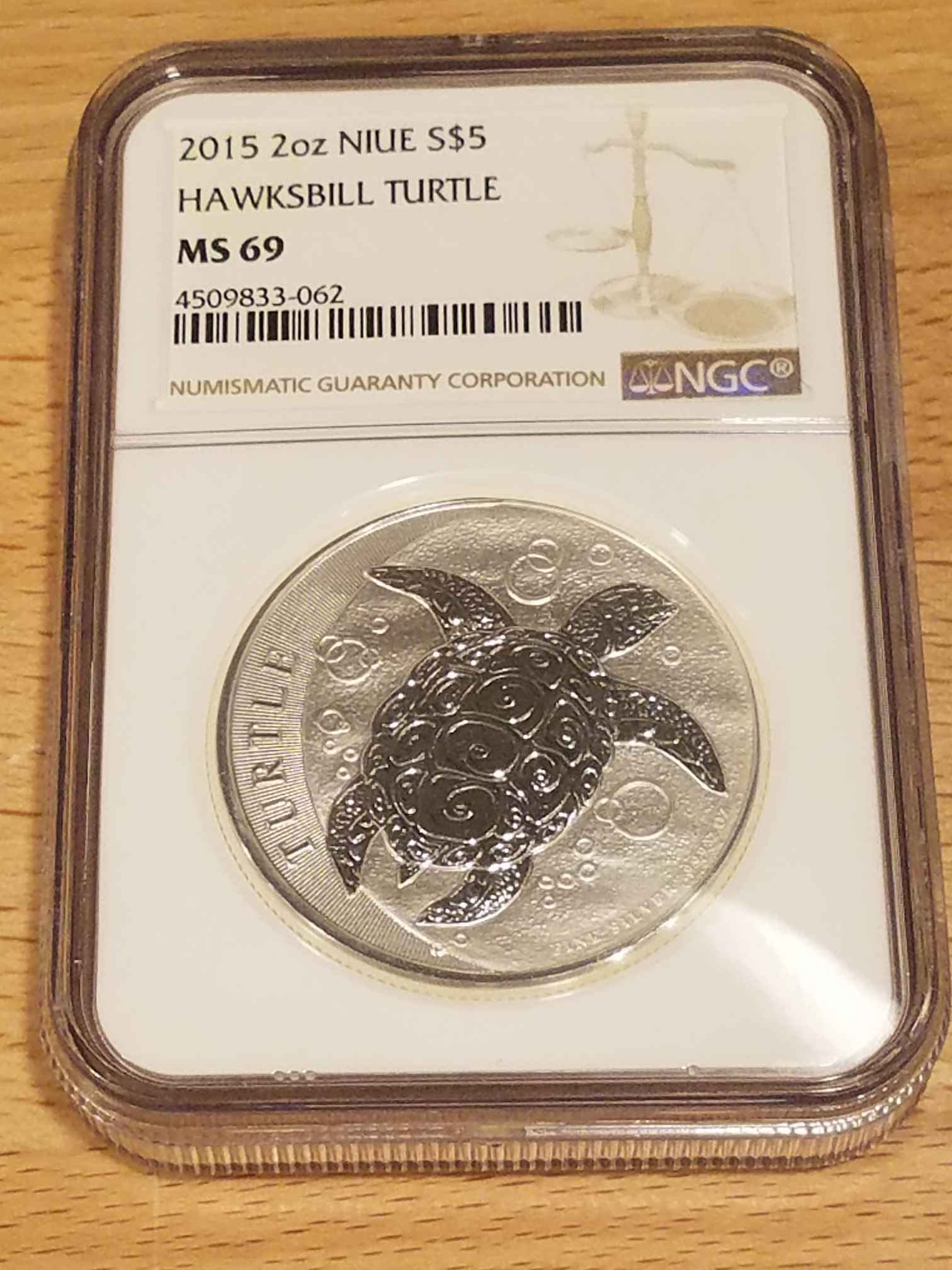 2015 2 oz Silver $5 NIUE Hawksbill Turtle NGC MS69