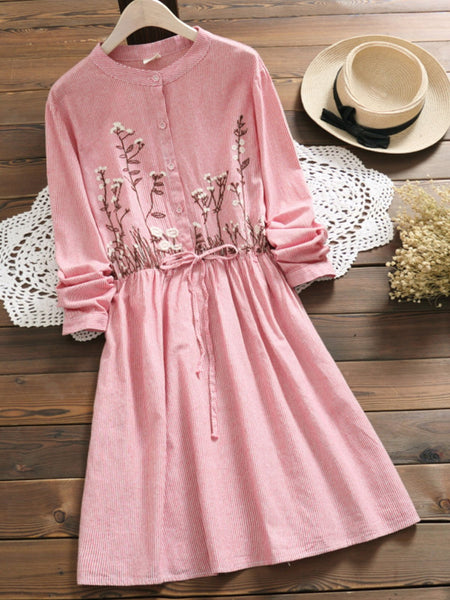 Floral Embroidery Sweet Long Sleeve Dress