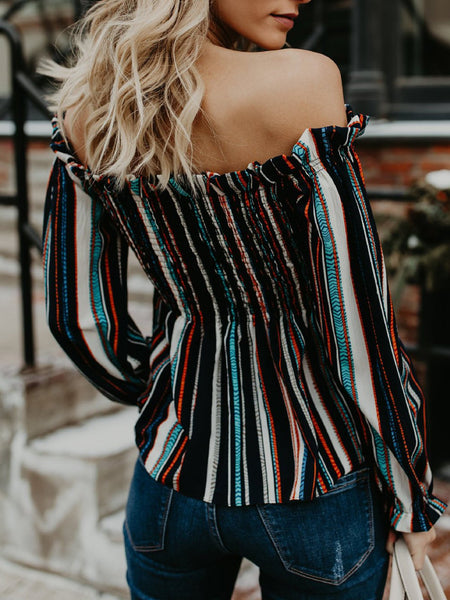 Striped blouse with long sleeves and bare shoulders