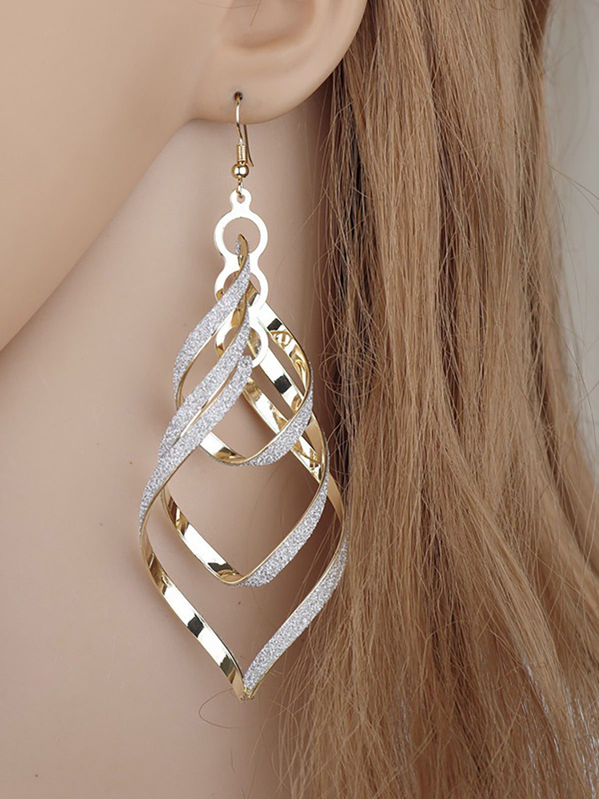 Womens Metal Rocky Earrings