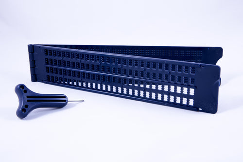 Plastic Slate (28 Cells, 4 Lines, Pins Up) w/ stylus