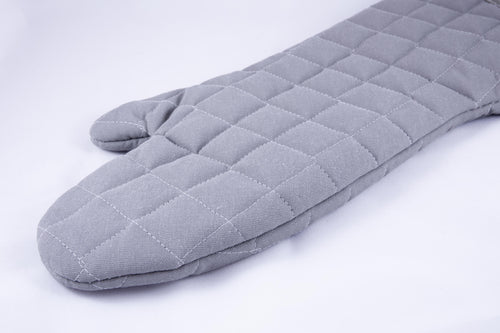 A gray oven mitt half-arm length